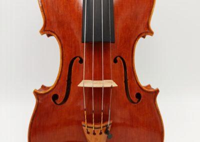 A fine violin, build by Martin Krause in 2017