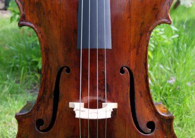 An English cello, made around 1800